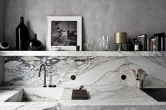 Source: T Magazine Ummmm Marble. I have a slight obsession with marbles at the moment. I love the movement it can have as seen in the exampl...