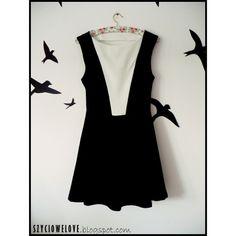 Sukienka na obronę :) czyli każda okazja jest dobra do szycia! :D #dress#blackandwhite #sukienka#rozkloszowana #obrona #sewing #sew #szyciowelove #szycie #polishtailor #hobby #pogodzinach #sewingwithlove #lovesewing #fabric #sewingproject #sewingpattern #InstaSize