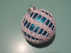 Simply Crochet and Other Crafts: Spiral Christmas Ornament Cover pattern