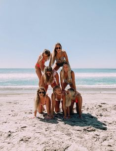 See more of fuckwthat's content on VSCO. Foto Best Friend, Best Friend Photos, Best Friend Goals, Photo Summer, Summer Pictures, Beach Pictures, Summertime Pictures, Cute Friend Pictures, Bff Pics
