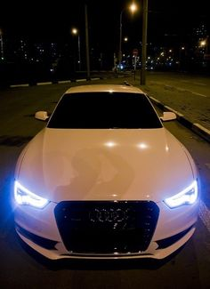 hunny, I know I already have a white audi, but I think I like this one better #Audi