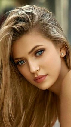 Beauté Blonde, Blonde Beauty, Hair Beauty, Most Beautiful Eyes, Stunning Eyes, Beautiful Women Pictures, Beautiful Girl Image, Beauty Full Girl, Beauty Women