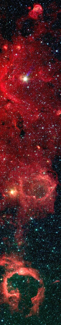 ♥ Section of the Galactic plane measured with the Spitzer Space Telescope - NASA/JPL-Caltech/E. Churchwell (U of Wisconsin)