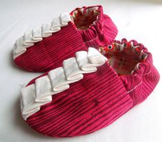 ruffle baby shoes