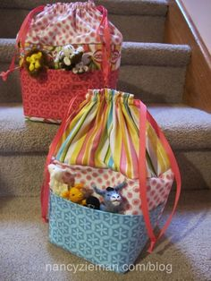 Kids' Activity Bag Tutorial by Nancy Zieman would be perfect to use in the car for backups and toys
