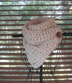 PATTERN ONLY Buttoned Double Crochet Cowl
