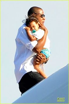 Celeb Diary: Beyonce & Jay Z in Nerano, Italia