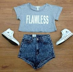 """""""Flawless"""" - Crop top - High waisted - White converse"""