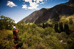 Horseback Riding - Maroon Creek Valley - Jeremy Swanson