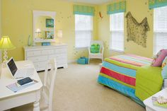 NEW HOUSING TRENDS 2015: Creative Ways To Maximize Small Spaces! De-clutter - clutter is the #1 enemy of living space. http://houseplansblog.dongardner.com/new-housing-trends-2015-creative-ways-maximize-small-spaces/ #KidsRoom #bedroom