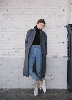 Coat: grey long high waisted jeans white sneakers blue black turtleneck tweed