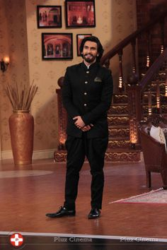 RVS in Comedy Nights with Kapil show to promote his film 'Ramleela'