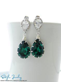 Emerald Green Earrings Swarovski Crystal Earrings by EstyloJewelry