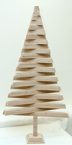 Appealing Woodworking Projects For Kids Ideas. Delightful Woodworking Projects For Kids Ideas. Christmas Tree Village Display, Pallet Christmas Tree, Christmas Wood Crafts, Modern Christmas, Diy Christmas Gifts, Christmas Projects, Christmas Decorations, Kids Woodworking Projects, Diy Wood Projects