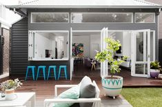 La Maison Jolie: House Envy: Julia & Sasha's Slice Of The Hamptons