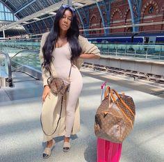 Black Girl Fashion, Love Fashion, Autumn Fashion, Fashion Outfits, Chill Outfits, Classy Outfits, Cute Outfits, Airport Attire, Airport Outfits