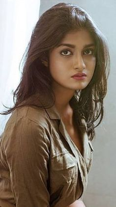 Lovely Girl Image, Girls Image, Beauty Full Girl, Cute Beauty, Beautiful Girl Indian, Most Beautiful Women, Green Hair Girl, Bollywood Girls, Girls Gallery