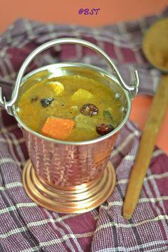 Varutharacha Sambar ~ Malabar Style Mixed Vegetable Lentil Stew - The Big Sweet Tooth Halal Recipes, Indian Food Recipes, Vegetarian Recipes, Snack Recipes, Ethnic Recipes, Rasam Recipe, Kerala Food, Lentil Stew, South Indian Food