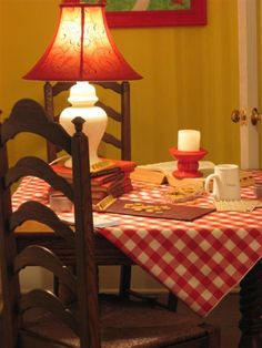 Love the red and white checkered tablecloth (from Dear Daisy Cottage)