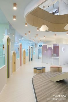 IB 노블키즈 - 와이엠디자인 Clinic Interior Design, Clinic Design, Interior Design Kitchen, Kindergarten Interior, Kindergarten Design, Kids Indoor Playground, Playground Design, Daycare Design, School