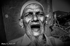 """""""STREET SINGER"""" Street Photography by Photuwala'S for more info please log on to www.photuwalas.com — at Dombivli East."""