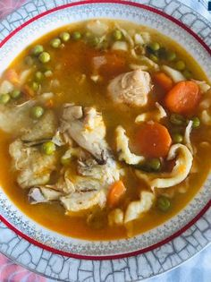 Thai Red Curry, Food And Drink, Soup, Ethnic Recipes, Fimo, Hungarian Recipes, Soup Appetizers, Soups, Chowder