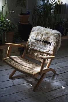 I got this woolly weaving from a Navajo weaver on a reservation in New Mexico. He makes one a year, with his mother, and it's equally stunni...