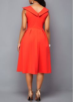 New african fashion outfits African Fashion Designers, African Fashion Dresses, African Dress, Red Dress Outfit, Dress Outfits, Fashion Outfits, Robes D'occasion, New Mode, Modelos Plus Size