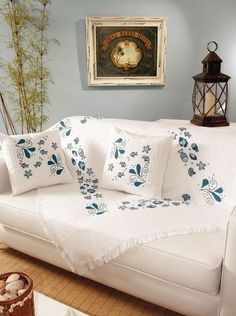 Brilliant Cross Stitch Embroidery Tips Ideas. Mesmerizing Cross Stitch Embroidery Tips Ideas. Hand Embroidery Patterns Flowers, Modern Embroidery, Hand Embroidery Designs, Cross Stitch Embroidery, Bed Cover Design, Cushion Cover Designs, Purple Bedroom Decor, Cushion Embroidery, Japanese Home Decor