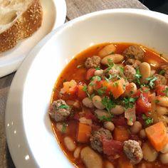 Lekker eten met Marlon: Griekse bonensoep met gehaktballetjes
