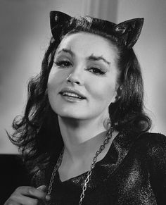 I would LOVE to BE the Julie Newmar Catwoman Lee Meriwether 2012 - Womens Batman - Ideas of Womens Batman - Catwoman! I would LOVE to BE the Julie Newmar Catwoman Lee Meriwether 2012 Real Batman, Batman Tv Show, Batman Tv Series, Batman Robin, Batman 1966, Julie Newmar, Vintage Hollywood, Classic Hollywood, James Gordon