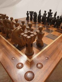 Beautiful Chess Set In Wood   Catur Indonesia