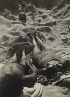 In der Sonne, 1928 by T. Lux Feininger - damals so wie heute!
