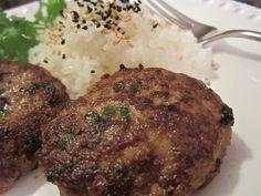 http://www.mylilikoikitchen.com/2012/09/21/korean-style-hamburger-patties/ KOREAN STYLE HAMBURGER PATTIES