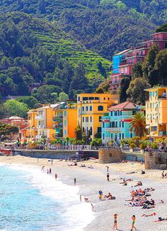 Monterosso What a wonderful, glorious three days we spent in Cinque Terre! The Cinque Terre -- pronounced Cheen-Kwah Terra and literally translates to Five Lands -- are five small fishing villages along the northern west Beautiful Places To Visit, Oh The Places You'll Go, Wonderful Places, Vacation Places, Dream Vacations, Places To Travel, Riomaggiore, Places In Italy, Visit Italy