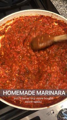 Homemade Spaghetti Sauce, Homemade Pasta, Homemade Marinara Sauce, Healthy Spaghetti Sauce, Pasta Sauce Recipes, Tomato Sauce Recipe, Pasta Sauces, Vegetarian Recipes, Cooking Recipes