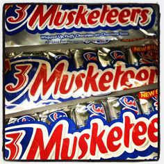 A 3 Musketeers originally included three smaller bars: one vanilla, one chocolate, one strawberry — hence the name! #grocerystore