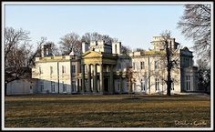 Dundurn Castle, Hamilton, Ontario (Was there in Crimson Peak Movie, Hamilton Ontario Canada, Our Town, Haunted History, Queen, Vacation Spots, Adventure Travel, Places To Travel, Mansions