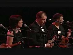 ▶ Theme from 'Shaft' - The Ukulele Orchestra of Great Britain - YouTube