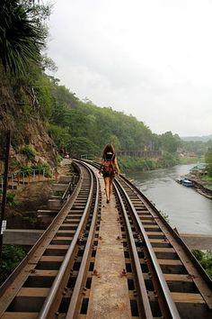 Aventura, Vias, Estrada De Ferro