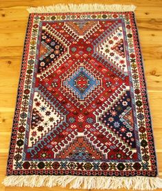 Hand woven Persian door mat rug, 100% wool with vegetable dyes, nomadic pattern, Code WDM05