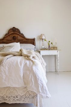 Vintage Whites Blog: 6 Tips To Achieving A Simple And Romantic Look