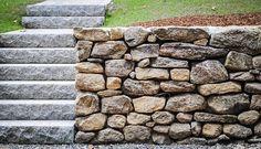 Muro exterior de piedra seca sin mortero