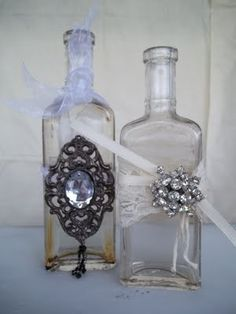 **if you have any leftover brooches, we can add them to one vintage bottle per table