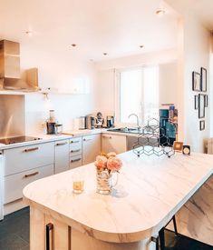 Kitchen Renovations, Kitchen Furniture, New Kitchen, Paris, Instagram, Home Decor, Souvenir, Montmartre Paris, Decoration Home