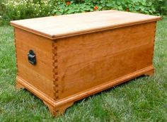 My daughter decided to have a traditional wedding despite my protests. Well, I fell in line and made this Hope Chest for her. May her descendents inherit it. - CLICK TO ENLARGE