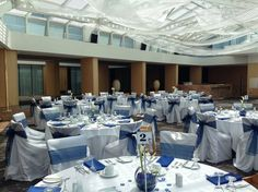 navy blue royal blue wedding reception decor at Inn at Laurel Point Victoria BC