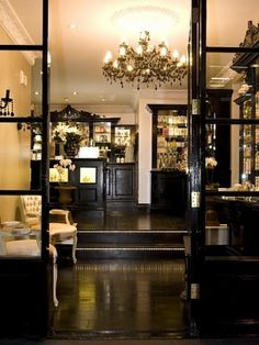swot in boutique hotel Hotels are classified based on services they offer into: 1 star, 2 star, 3 star, 4 star, 5 star, and unrated the one star hotels include tourist hotels two star hotels include.