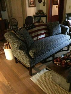 primitive country decorating for small. Primitive Living Room, Primitive Kitchen Decor, Primitive Homes, Prim Decor, Primitive Furniture, Country Primitive, Country Decor, Farmhouse Decor, Country Homes