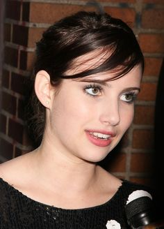 April 2009 gorgeous Emma Roberts Leaving TopShop Party In New York